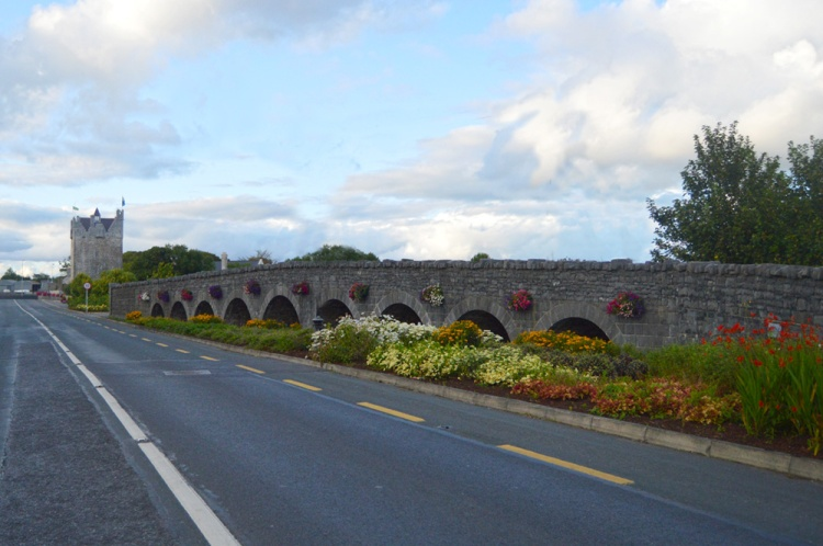Nine arches bridge in the middle of Claregalway village. This was the former course of the River Clare and the river returned to this route in November 2009.